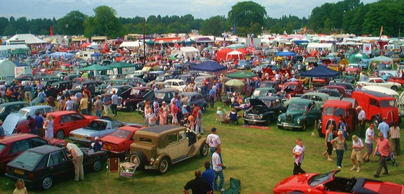 The Uks Biggest And Best Classic Car Shows At Tatton Park Cheshire 12958