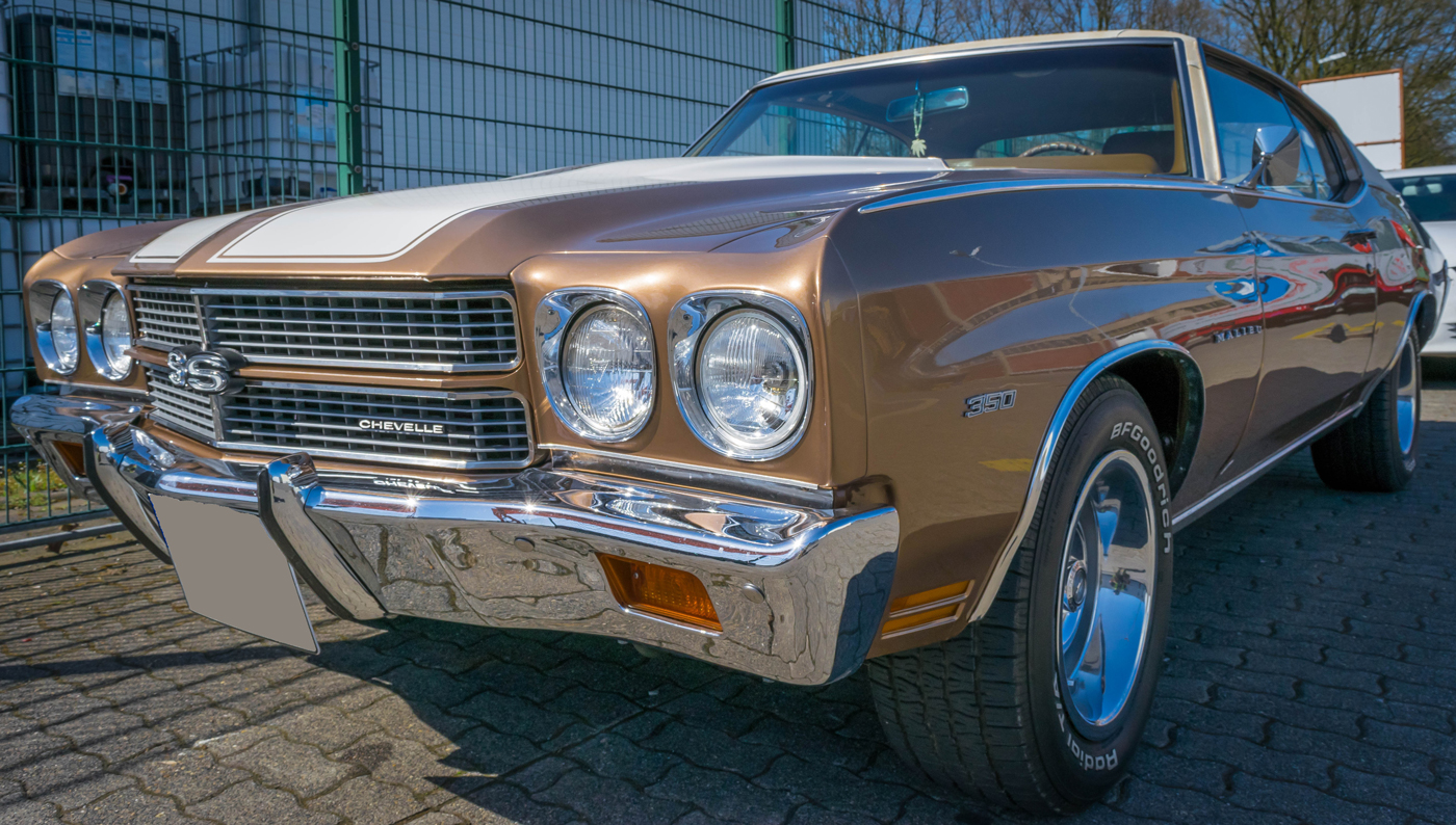 A brown Chevrolet Chevelle