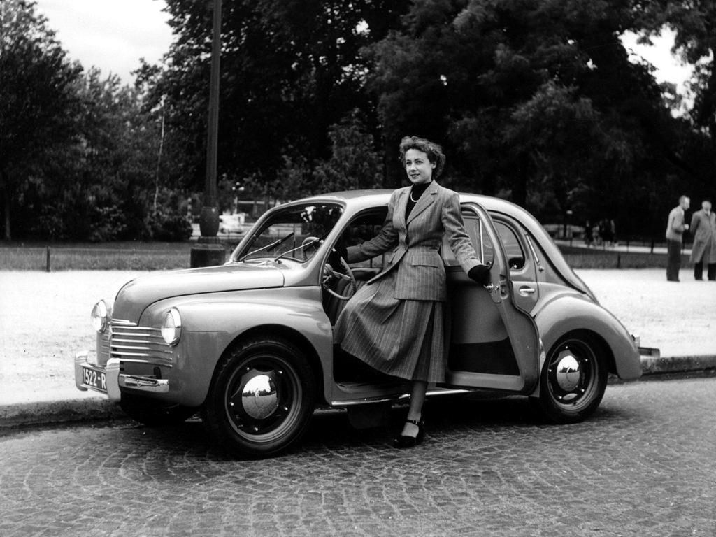 THE RENAULT 4CV – A CELEBRATION